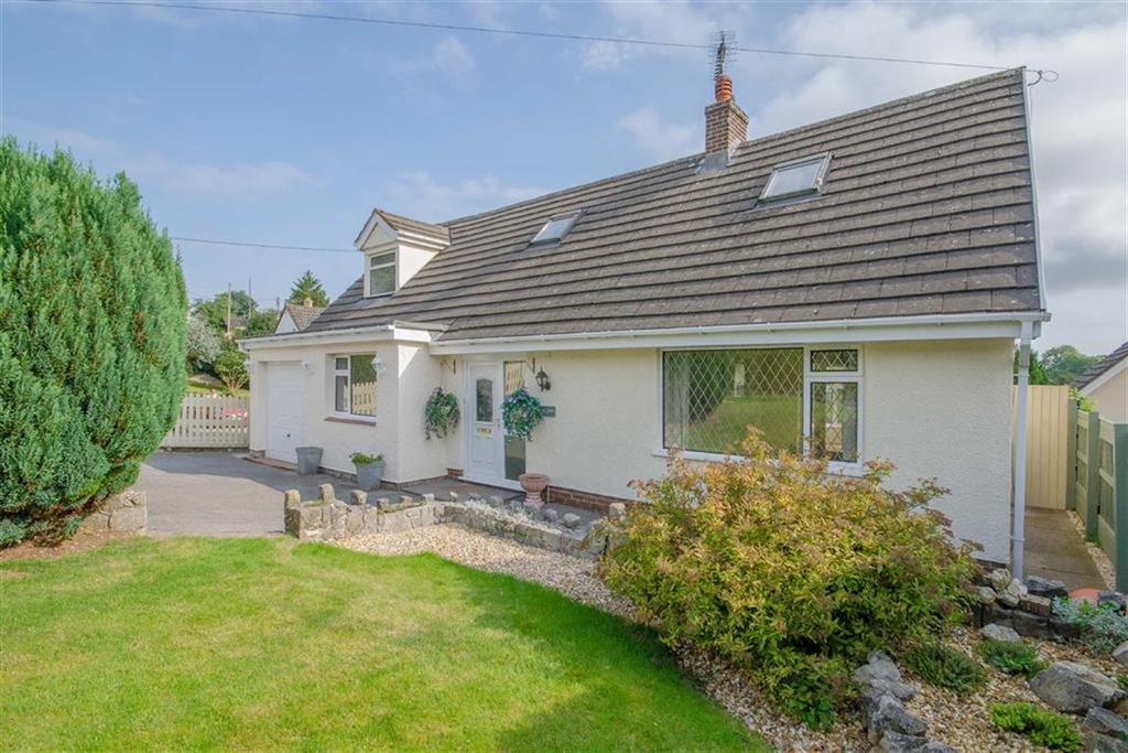 3 Bedrooms Detached Bungalow for sale in Pen Y Fron Road, Pantymwyn, Mold
