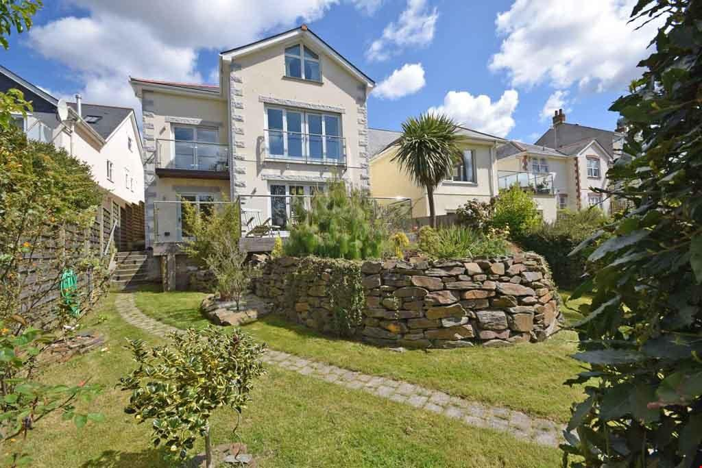 4 Bedrooms Detached House for sale in Central Truro, South Cornwall, TR1