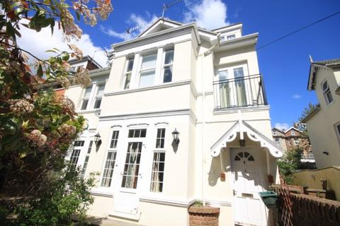 2 bedroom apartment for sale - Spencer Road, Bournemouth