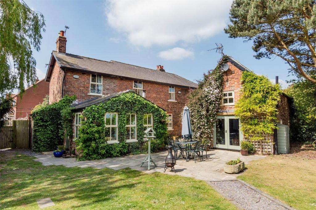 4 Bedrooms Link Detached House for sale in 23 Main Street, Wressle, SELBY, East Riding Of Yorkshire