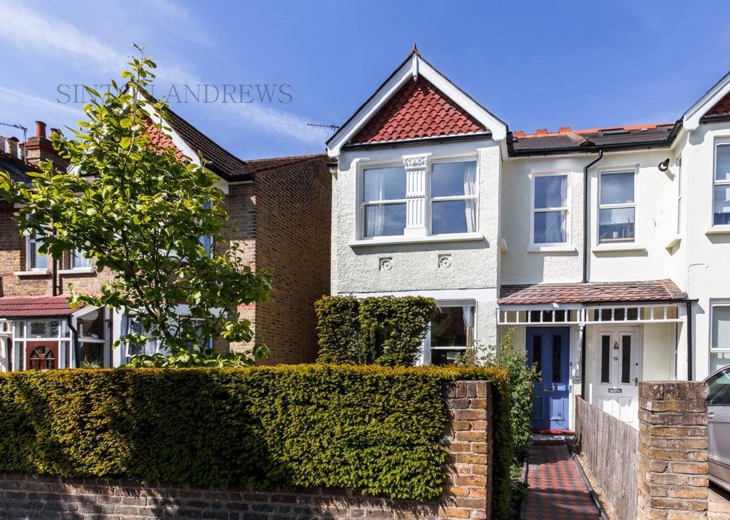 4 Bedrooms House for sale in Lynton Avenue, Ealing, W13