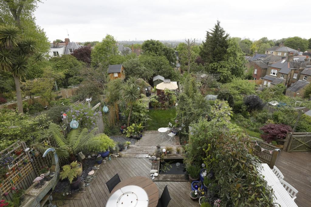 3 Bedrooms House for sale in Netherby Road, Forest Hill, SE23