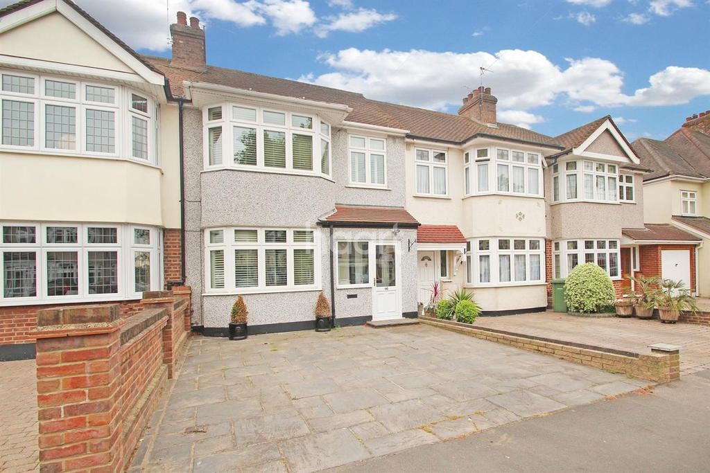3 Bedrooms Terraced House for sale in Cecil Avenue, Ardleigh Green
