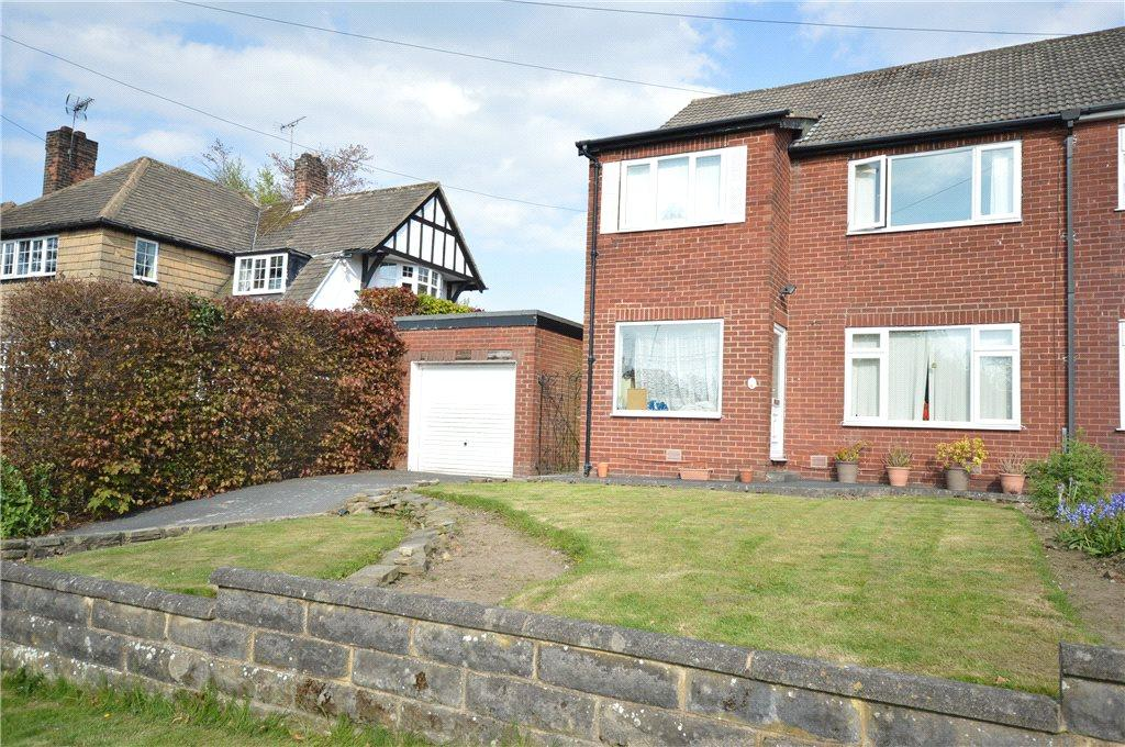 4 Bedrooms Semi Detached House for sale in Primley Park Mount, Leeds, West Yorkshire
