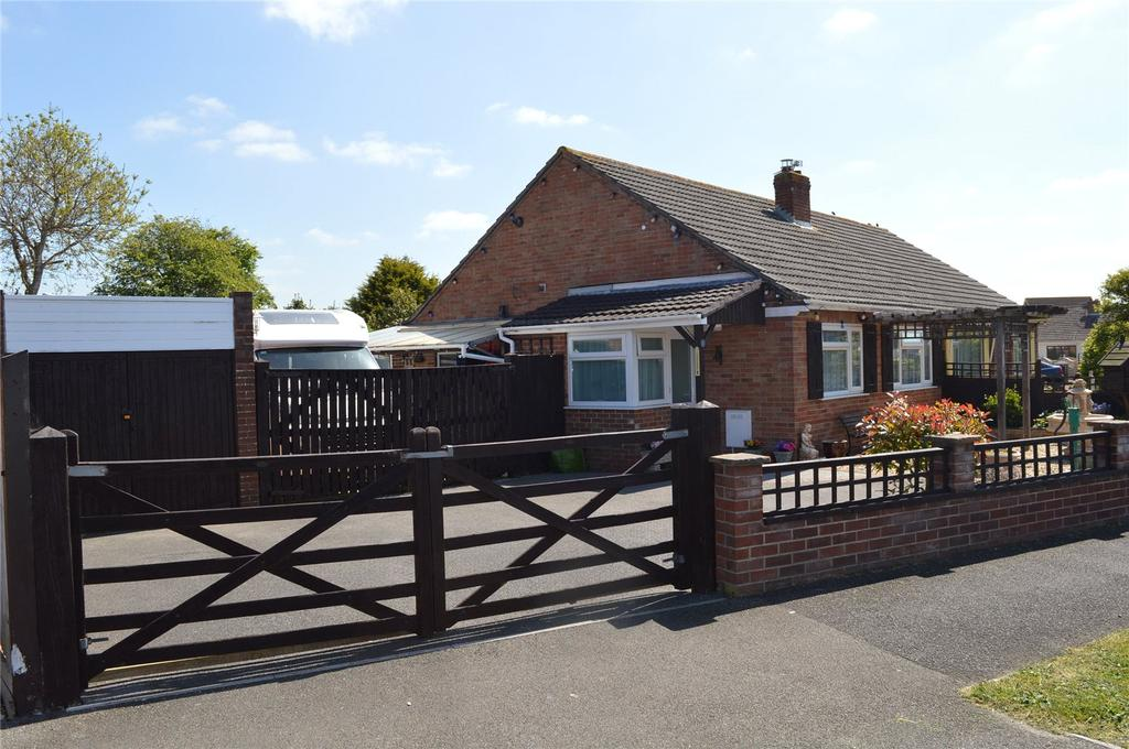 2 Bedrooms Bungalow for sale in Rosewood Avenue, Burnham-on-Sea, Somerset, TA8