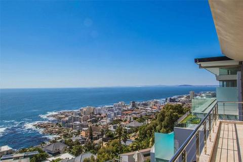 9 bedroom house  - 52 De Wet Road, Bantry Bay, Cape Town, Western Cape