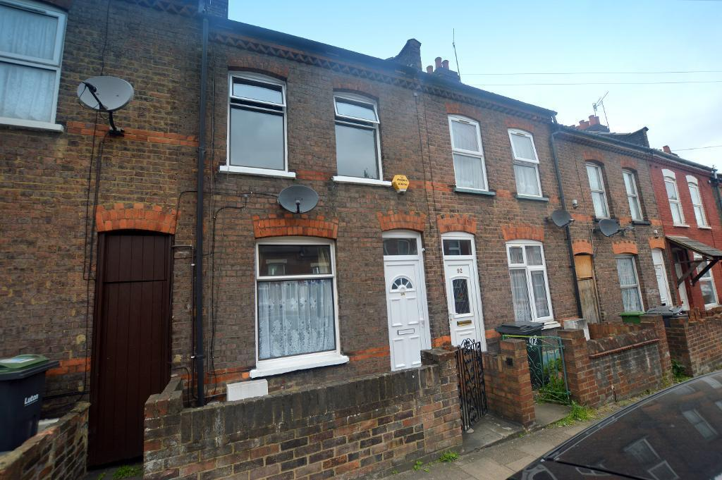 2 Bedrooms Terraced House for sale in Oak Road, Luton, Bedfordshire, LU4 8AD