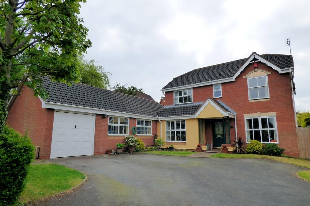 4 Bedrooms Detached House for sale in Mill Hill Lane, Burton-on-Trent