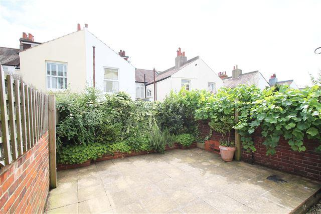 3 Bedrooms Terraced House for sale in Lennox Road, Hove