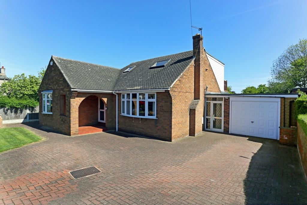 4 Bedrooms Detached House for sale in Field Lane, Thornes