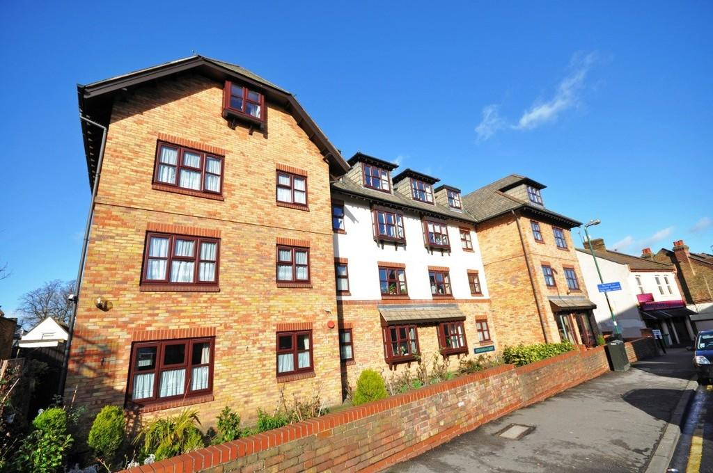 1 Bedroom Apartment Flat for sale in Nightingale Lane, Wanstead