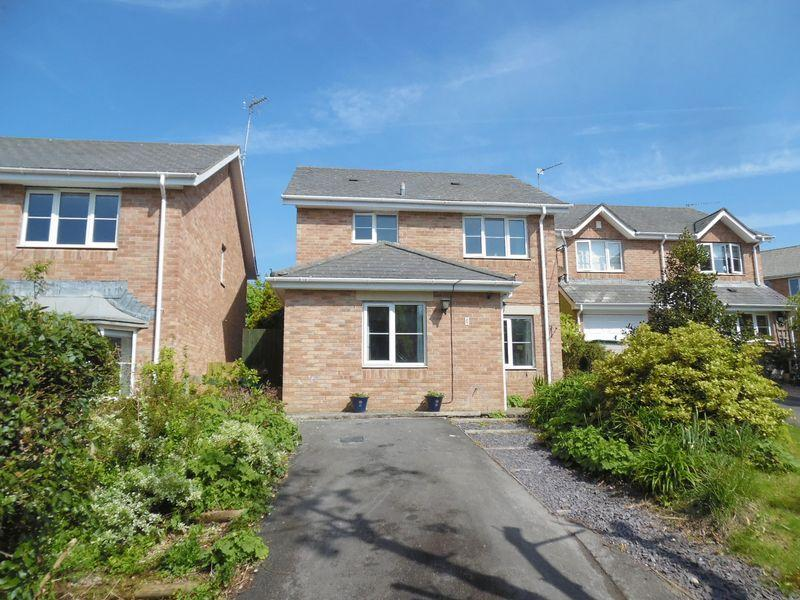 3 Bedrooms Detached House for sale in Maes Y Grug Broadlands Bridgend CF31 5DD