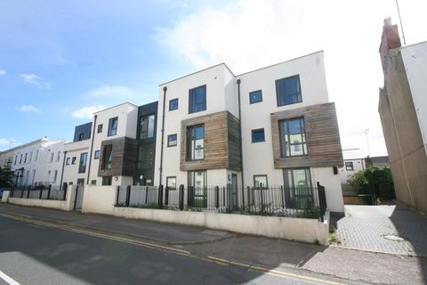 2 bedroom flat to rent - 9 Sidney Lodge, Hewlett Road