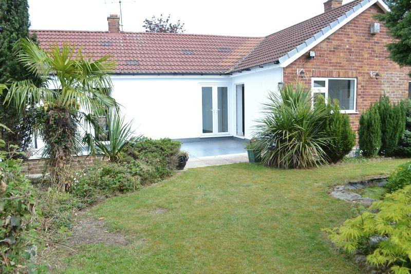 3 Bedrooms Detached Bungalow for sale in Hood Road, Scunthorpe