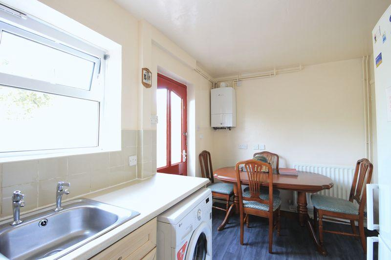 Dartford place alvaston 3 bed end of terrace house for for Terrace kitchen diner