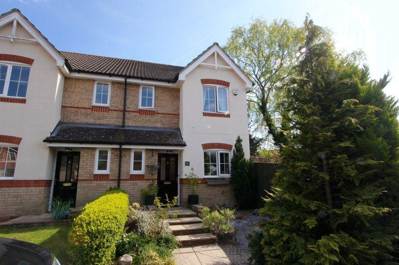 3 Bedrooms Semi Detached House for sale in Winchfield, Caddington