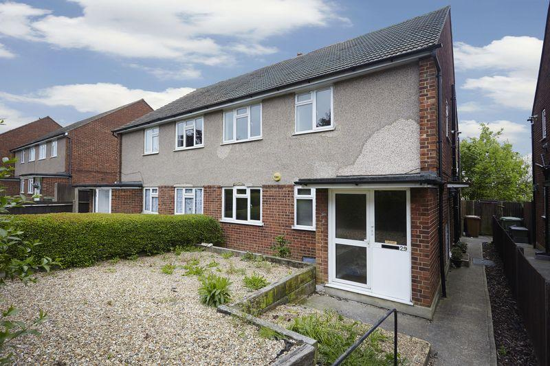 2 Bedrooms Apartment Flat for sale in Green Vale, Bexleyheath DA6