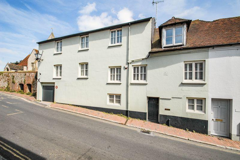 5 Bedrooms Semi Detached House for sale in West Street, Ditchling