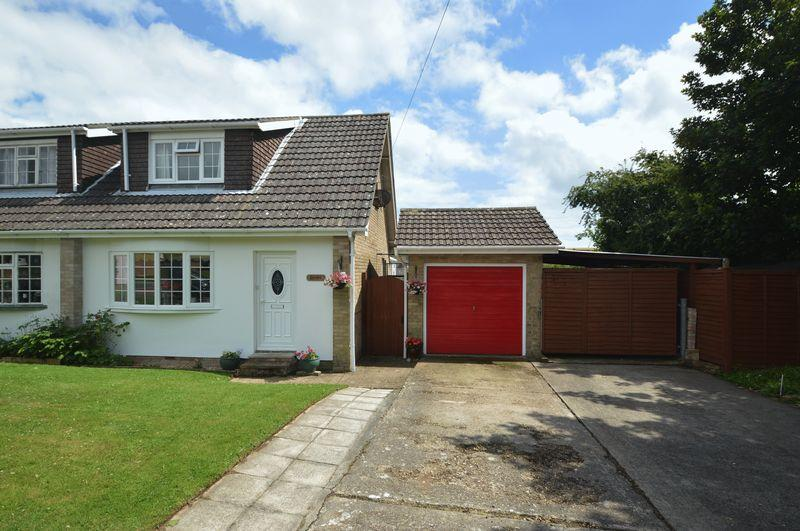 2 Bedrooms Semi Detached House for sale in NITON