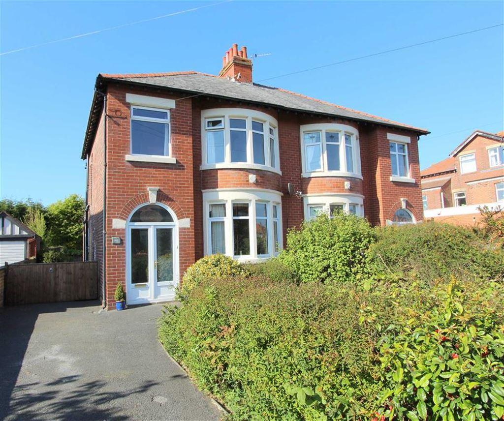 3 Bedrooms Semi Detached House for sale in Heeley Road, Lytham St Annes, Lancashire