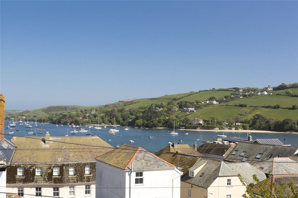 3 Bedrooms Apartment Flat for sale in Churchill House, Salcombe, Salcombe, Devon, TQ8