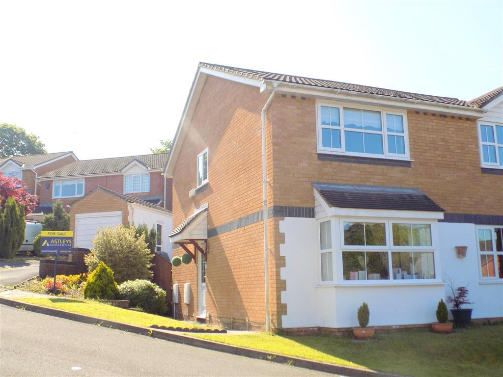 2 Bedrooms Semi Detached House for sale in Maes Y Meillion, Neath