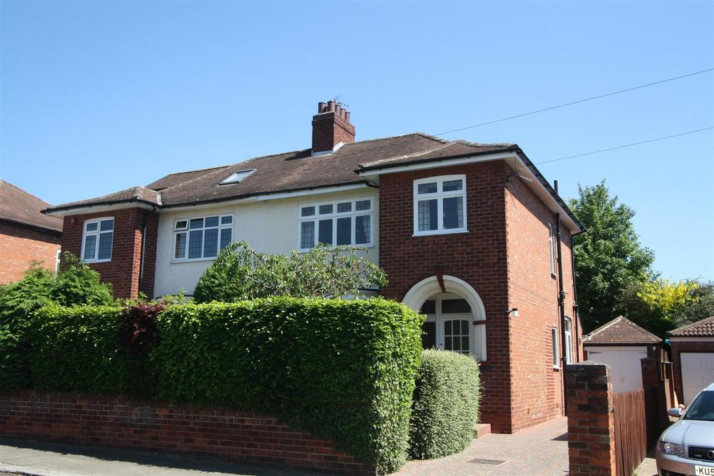 3 Bedrooms Semi Detached House for sale in Baydale Road, Darlington