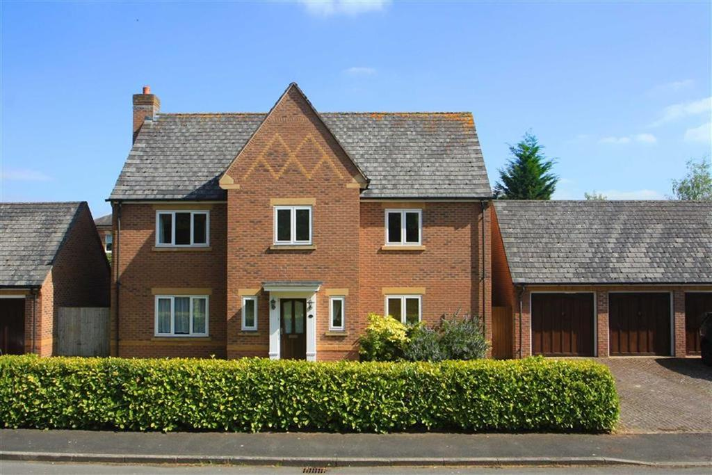 4 Bedrooms Detached House for sale in St Marys Lane, ST MARY's PARK, Hereford