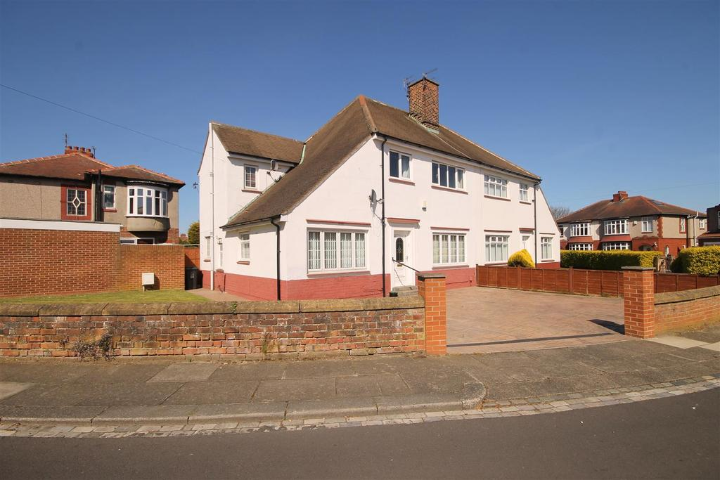 3 Bedrooms Semi Detached House for sale in The Oval, Hartlepool