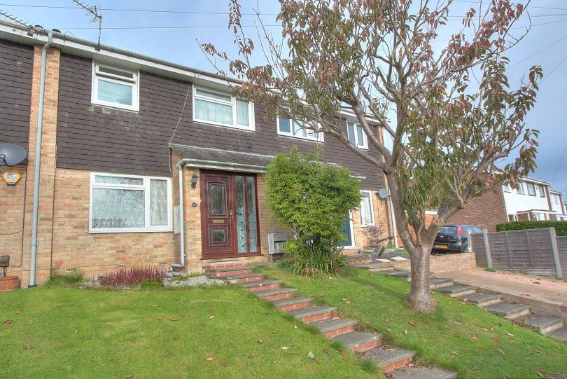 3 Bedrooms Terraced House for sale in Porteous Crescent, Peverells Wood, Chandlers Ford