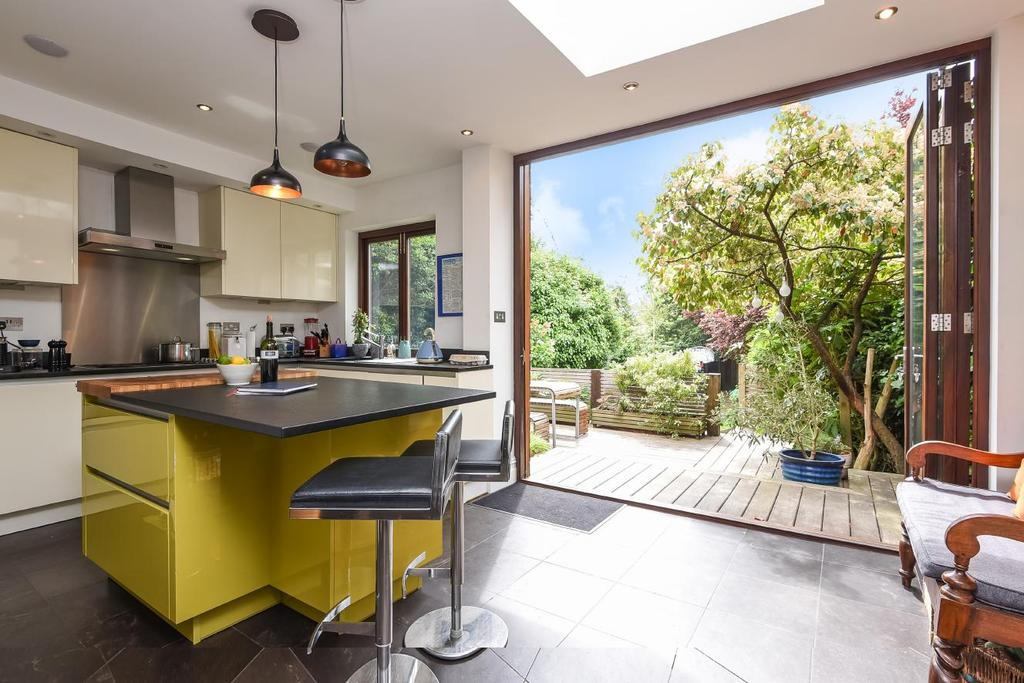 5 Bedrooms Semi Detached House for sale in Coombe Lane West, Kingston upon Thames, KT2