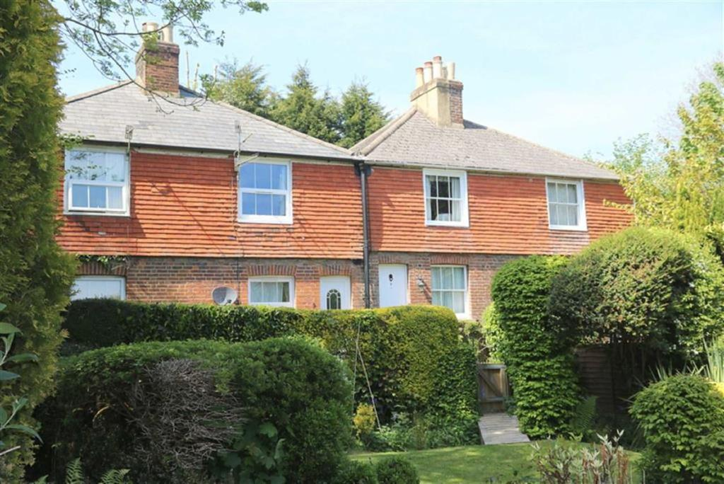 2 Bedrooms Terraced House for sale in Battle Road, St Leonards On Sea