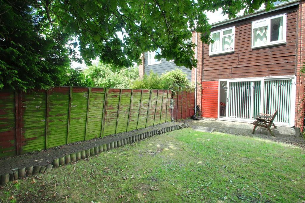 3 Bedrooms Terraced House for sale in Gladeside, Bar Hill