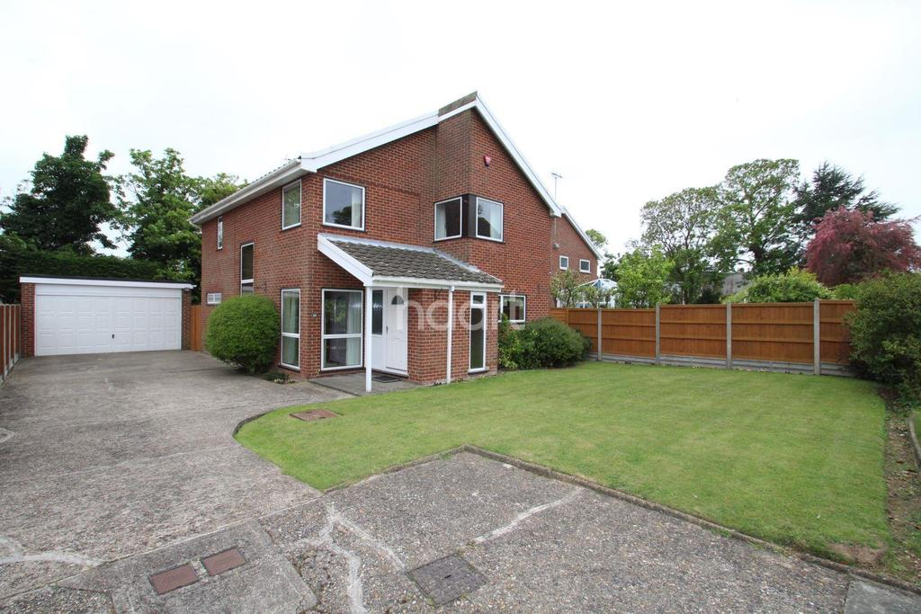 4 Bedrooms Detached House for sale in St Peters Court,Broadstairs,CT10