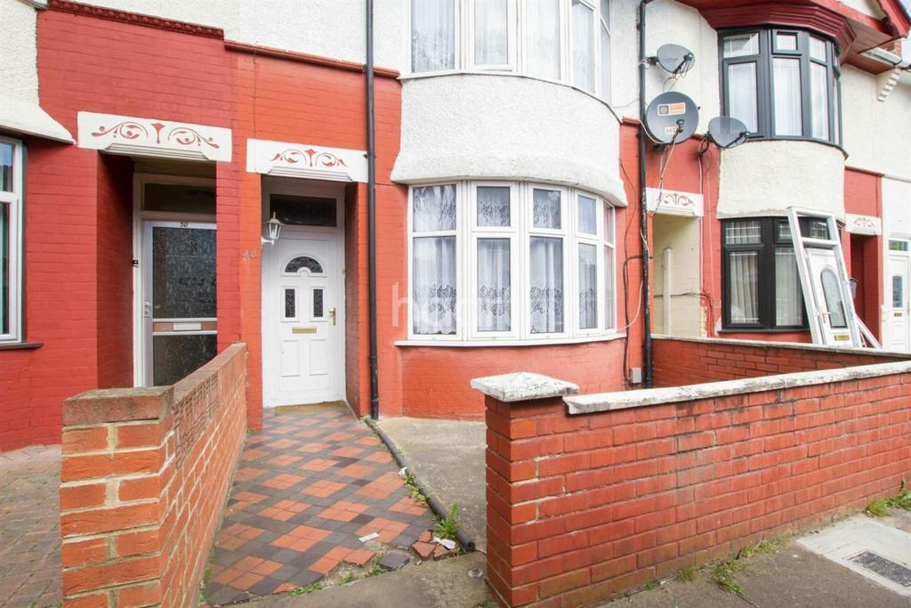 3 Bedrooms Terraced House for sale in Three Bed In Bury Park