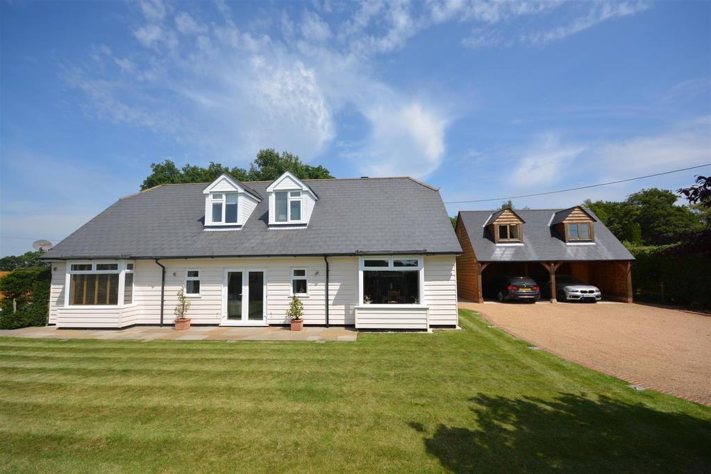 4 Bedrooms Detached House for sale in Northiam Road Staplecross, Robertsbridge