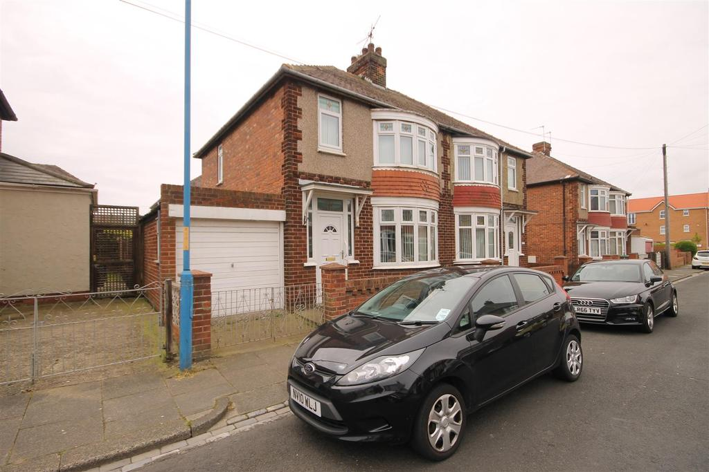 3 Bedrooms Semi Detached House for sale in Avondale Gardens, Hartlepool