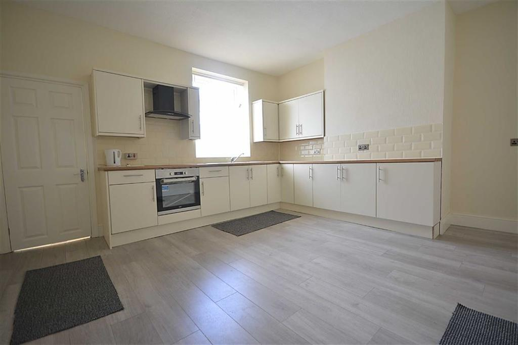 2 Bedrooms Terraced House for sale in Frederick Street, Oswaldtwistle, BB5