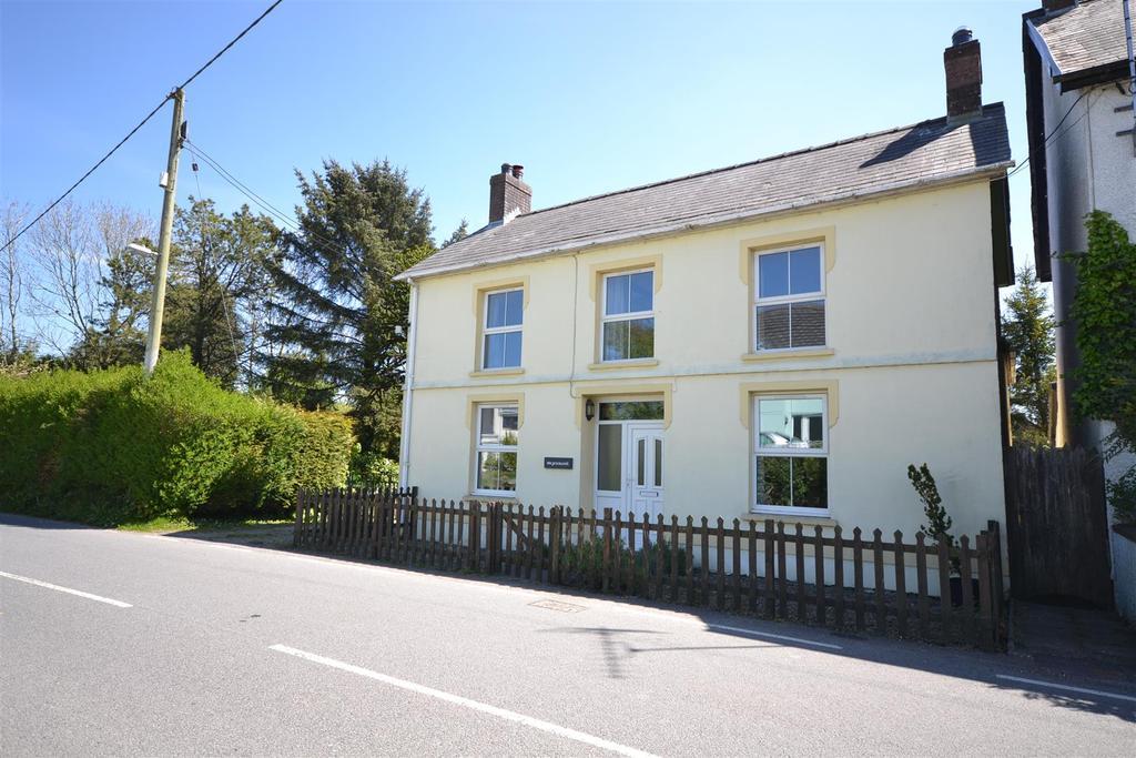 4 Bedrooms Detached House for sale in Llanfihangel-Ar-Arth