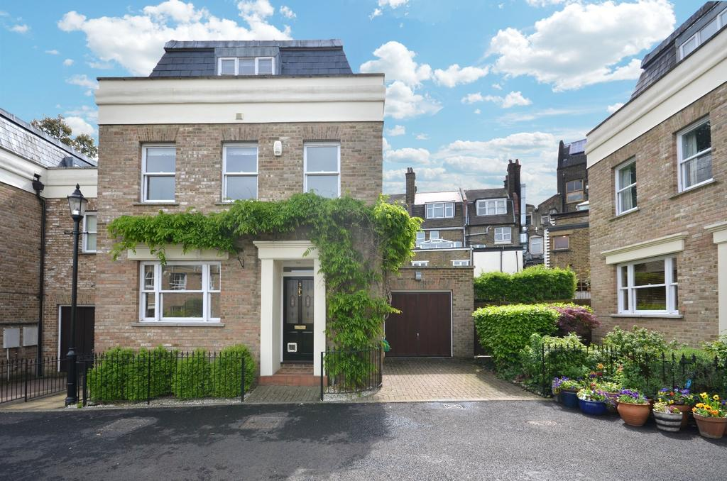 3 Bedrooms Detached House for sale in Admirals Gate Greenwich SE10