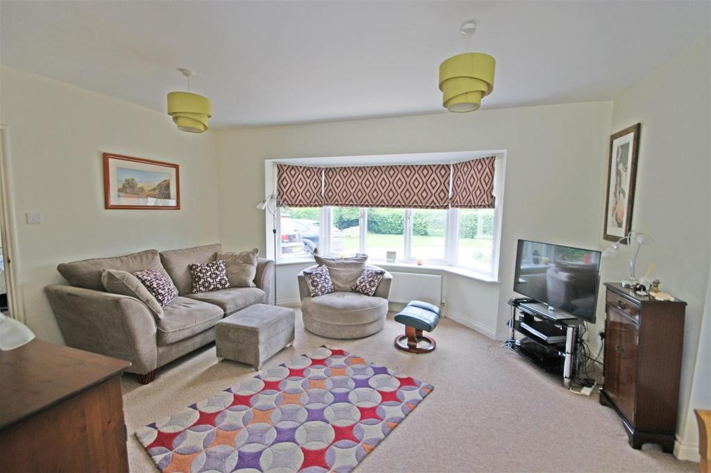 Horley Road Redhill 4 Bed Detached Bungalow 163 475 000