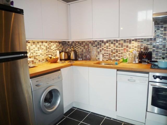 Oxford terrace west end edinburgh eh4 1px 2 bed flat to for Oxford terrace 2
