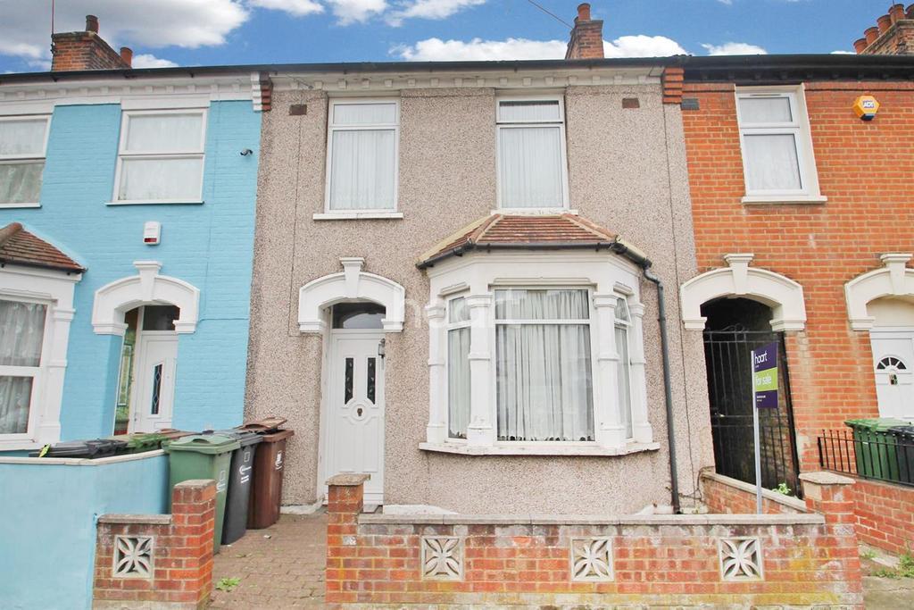 3 Bedrooms Terraced House for sale in Essex Road, Barking, Essex