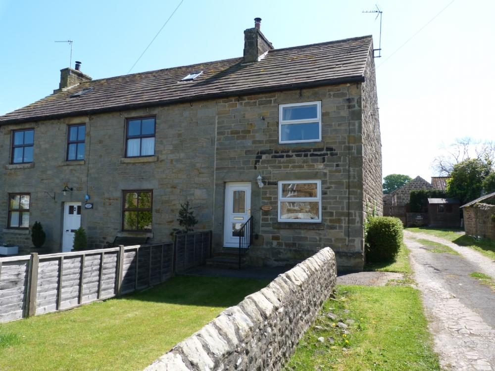 2 Bedrooms Cottage House for sale in Stanway Cottage Kirkby Malzeard HG4 3SD