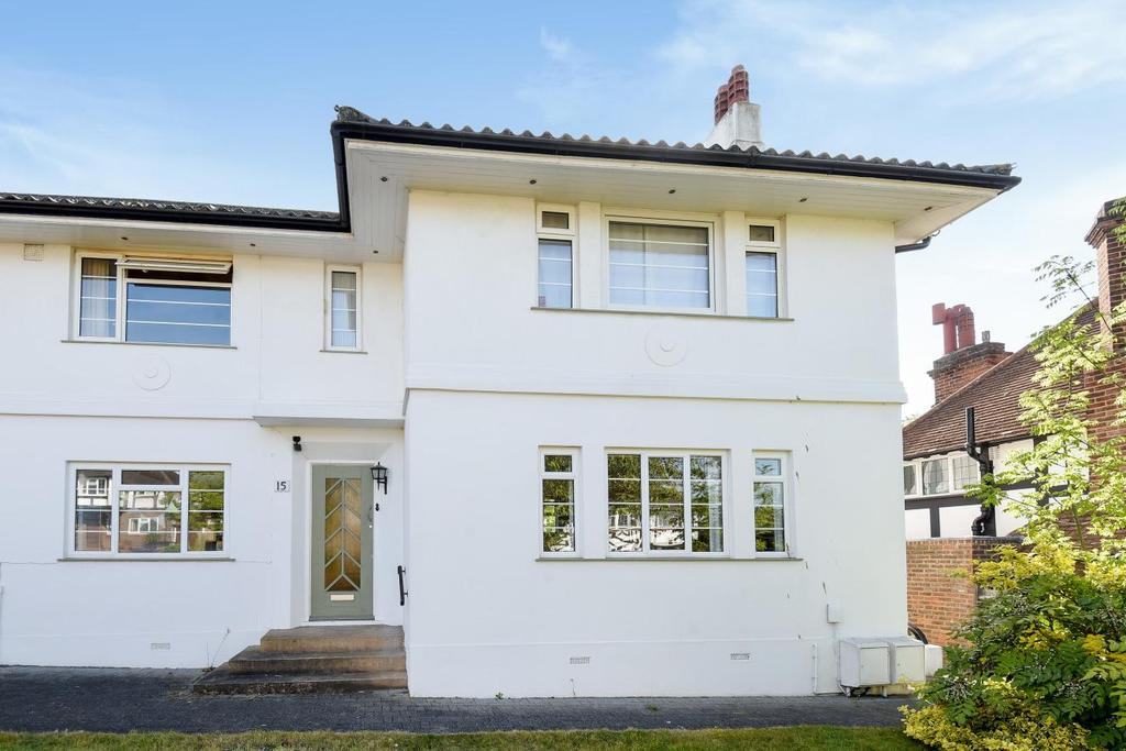 2 Bedrooms Maisonette Flat for sale in Winchester Road, Bromley