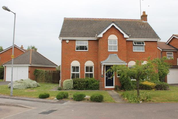 4 Bedrooms Detached House for sale in Whitehaven, Luton, LU3