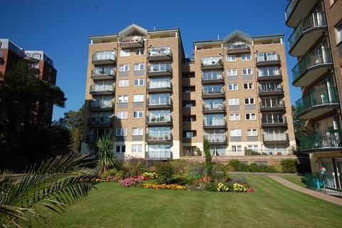 3 bedroom apartment for sale - Keverstone Court, 97 Manor Road, Bournemouth BH1