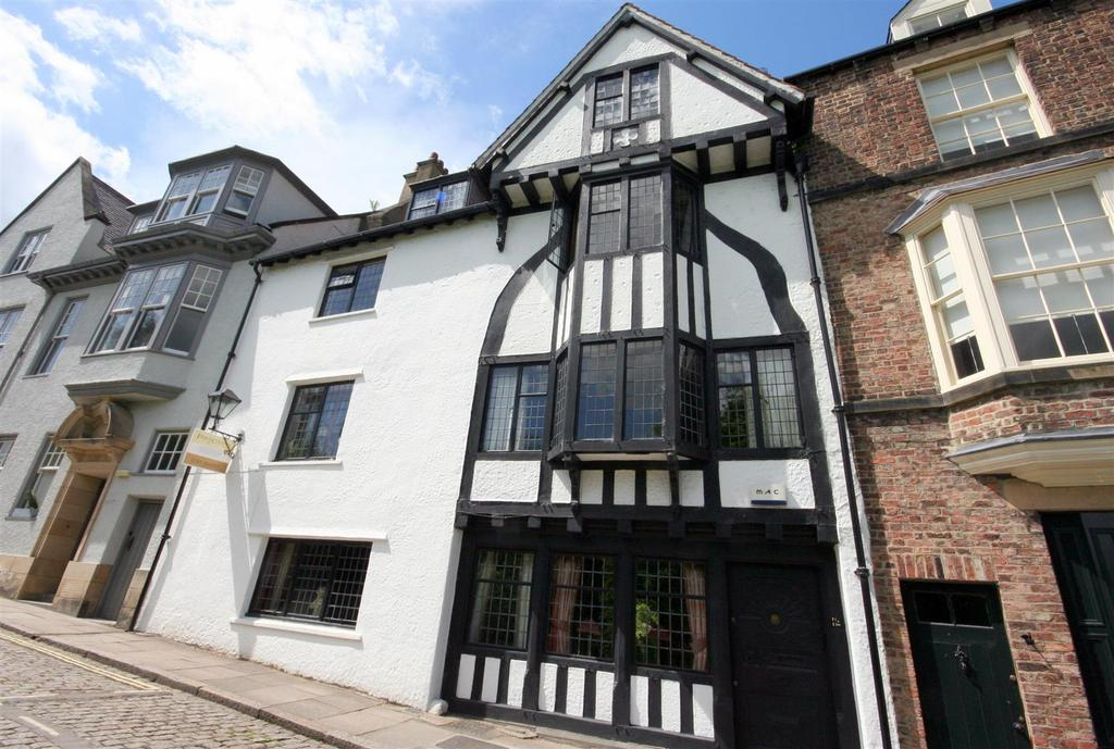 6 Bedrooms Town House for sale in South Street, Durham