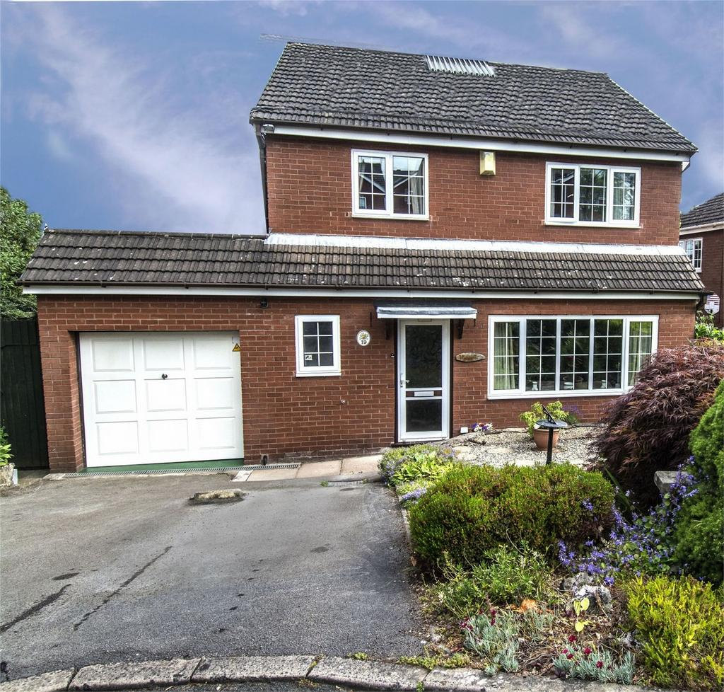 4 Bedrooms Detached House for sale in Glen Drive, Alton, Staffordshire