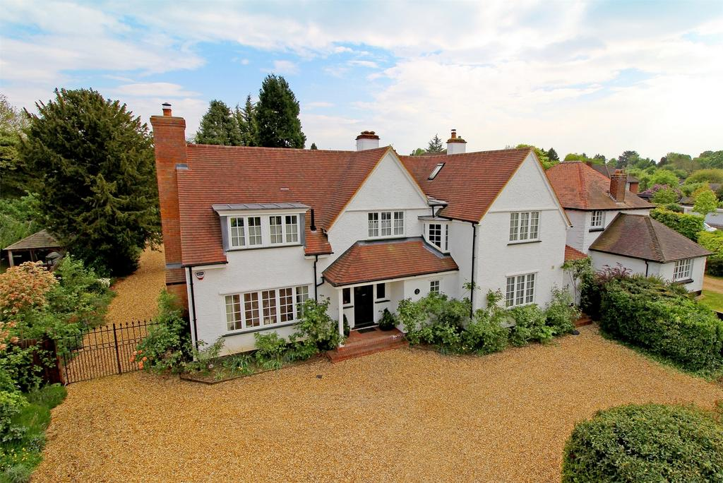 4 Bedrooms Detached House for sale in Baldock Road, Letchworth Garden City, Hertfordshire